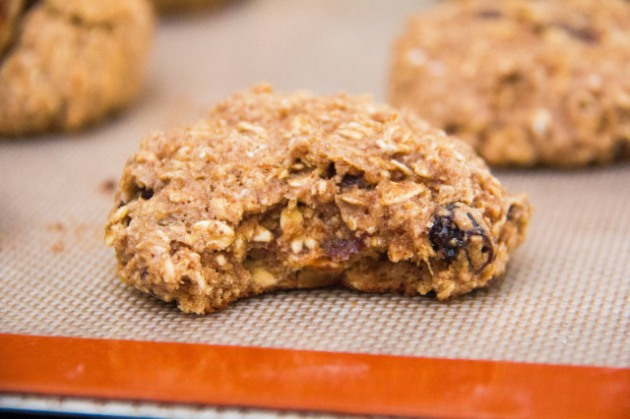 Almond-Butter-Oatmeal-Raisin-Cookies-7-of-7